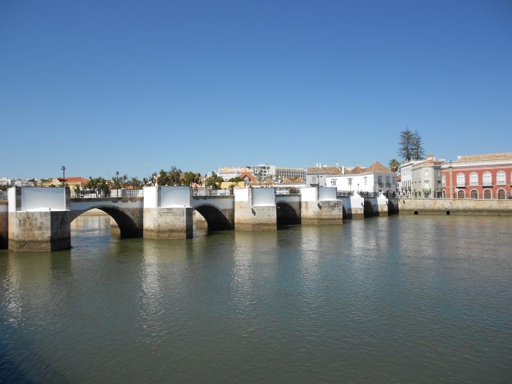 Tavira, The Algarve A good place to relax and unwind over food, wine or coffee...